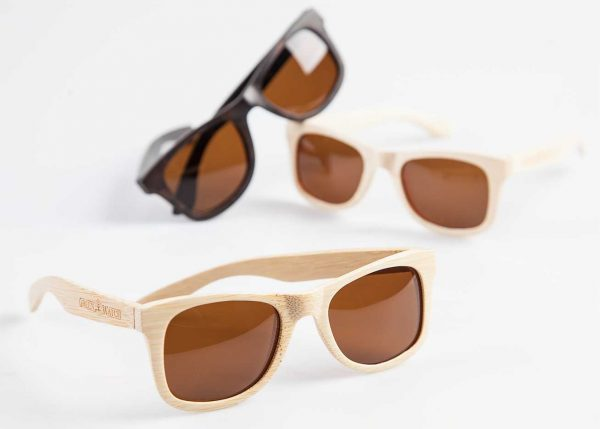 Diverse houten brillen